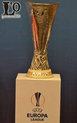 trofeo UEFA Europa League