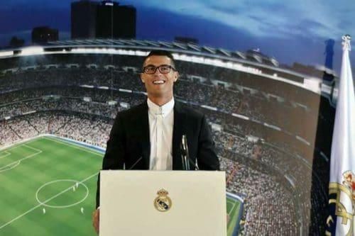 Real Madrid, Cristiano Ronaldo rinnova fino al 2021