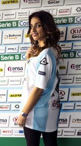 La blogger chiavarese Federica Ferraro testimonial di Entella Inside